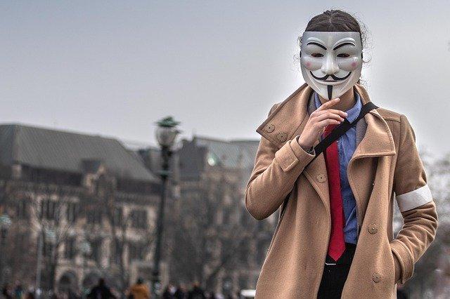 Inversor demanda a AT&T por pérdidas de 24 millones debido a hackeo de SIM