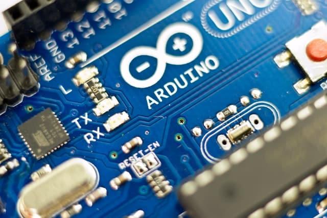 como programar en arduino